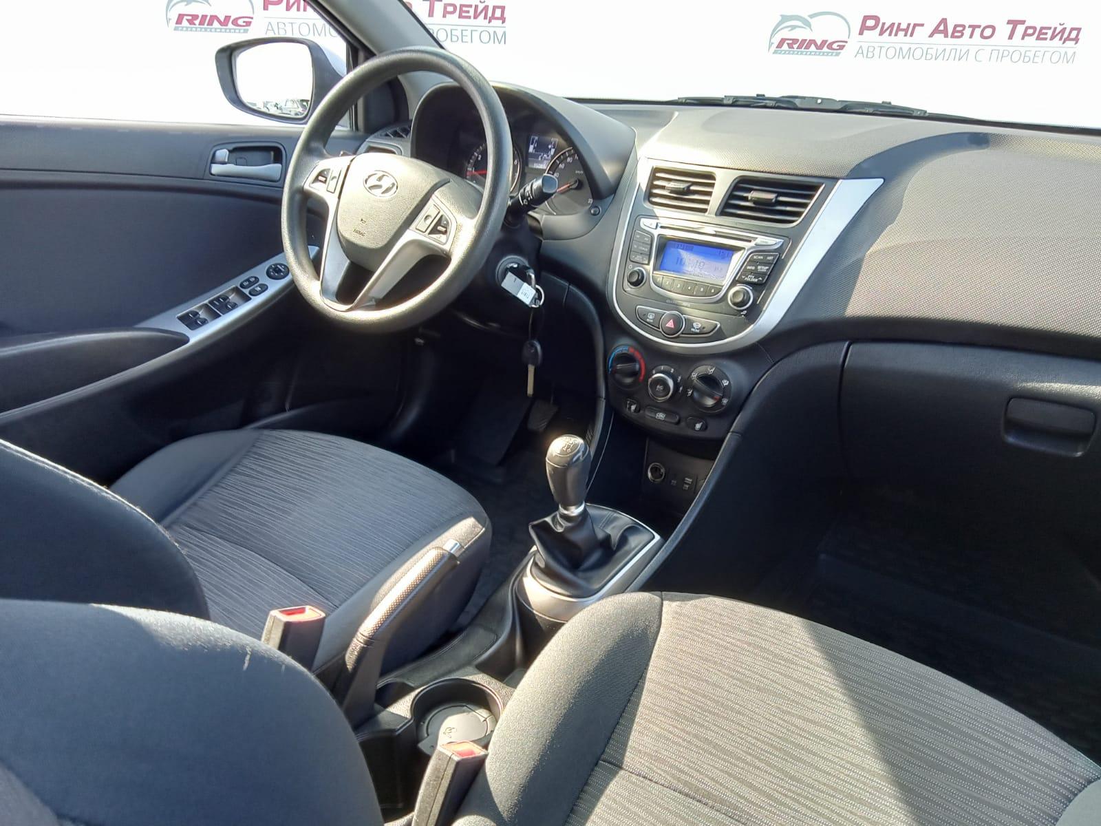 Hyundai Solaris Седан (2016г.)