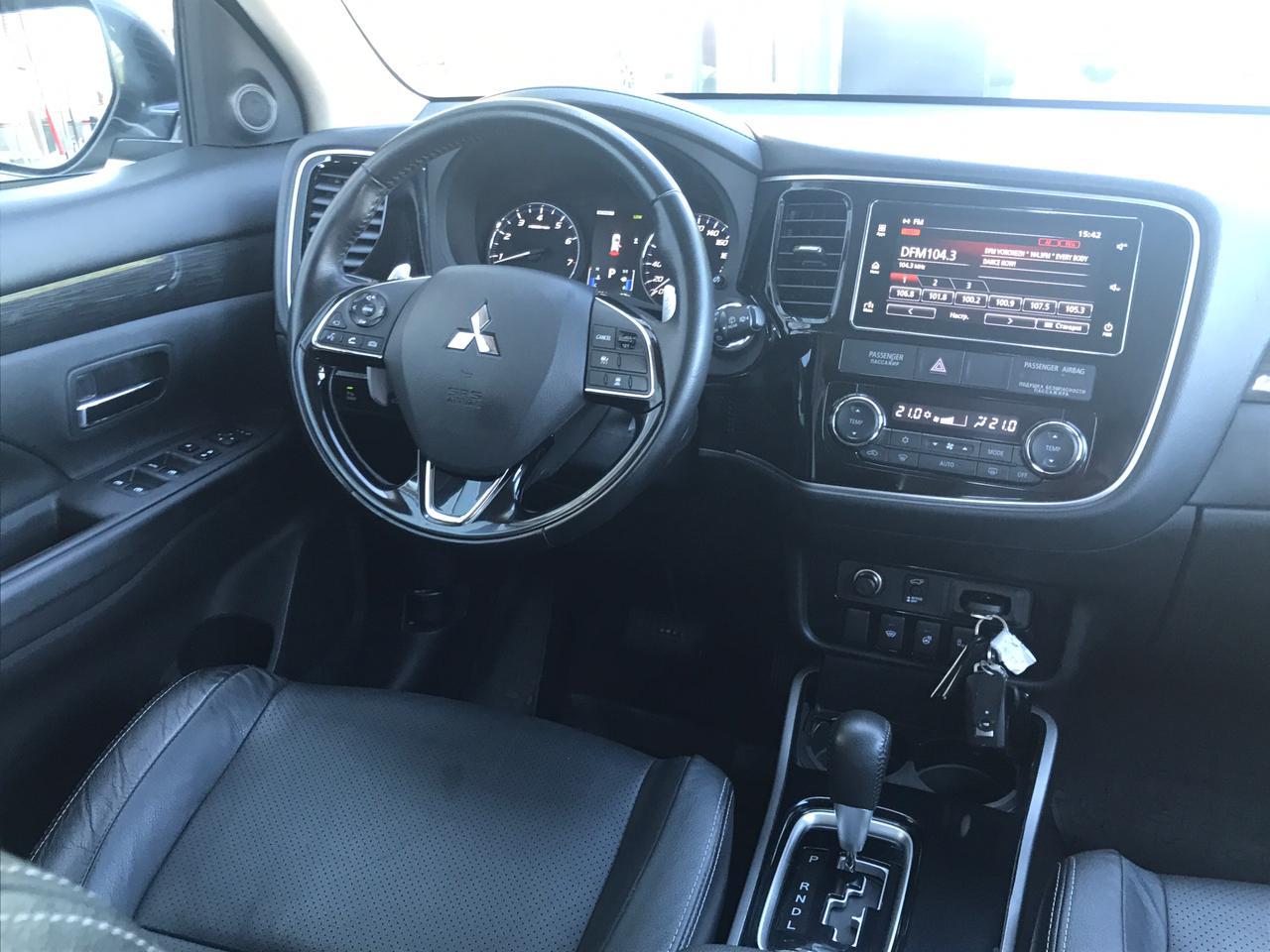 Mitsubishi | Outlander, III Рестайлинг 2