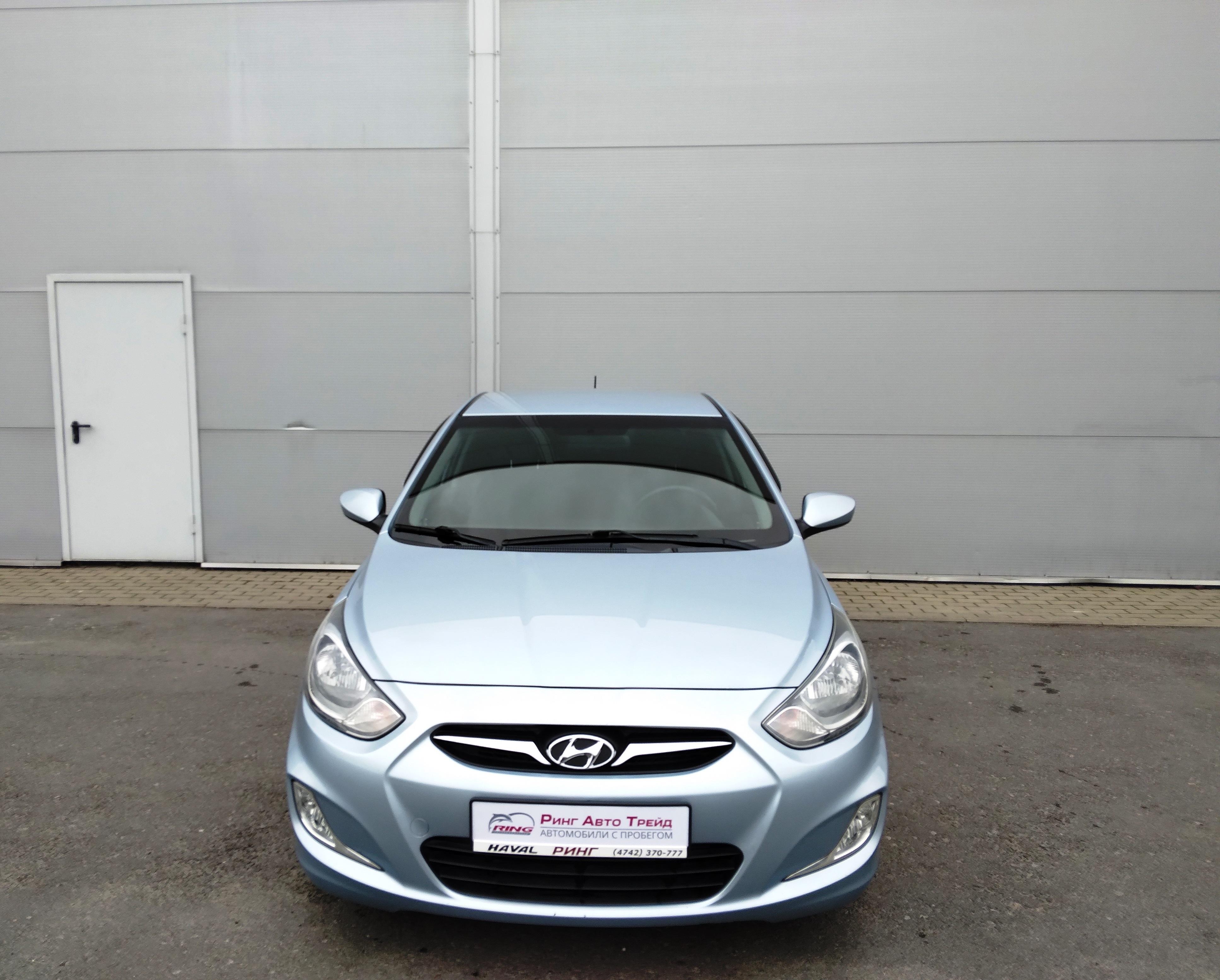 Hyundai Solaris Седан (2013г.)