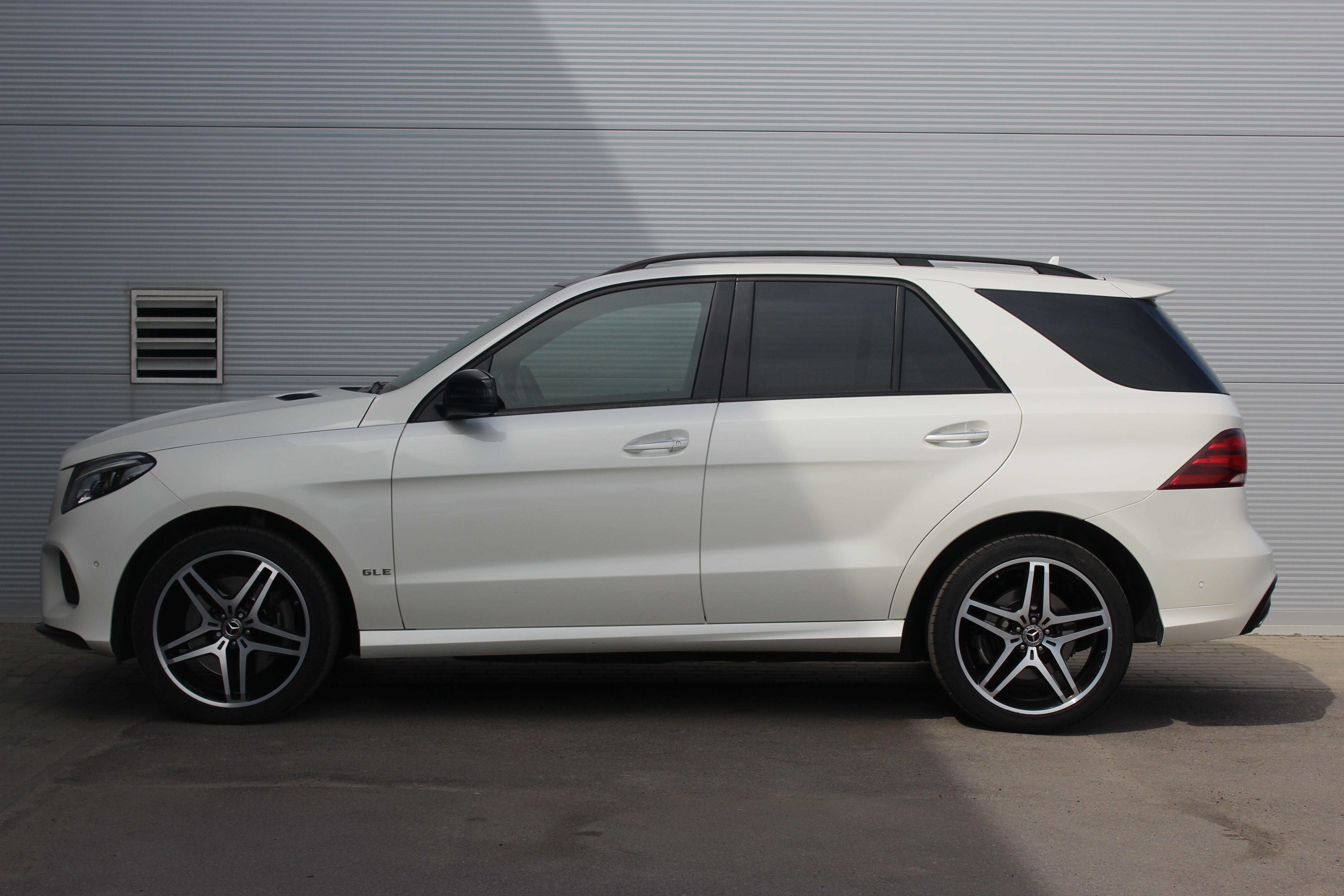 Mercedes-Benz GLE-Класс Внедорожник (2017г.)