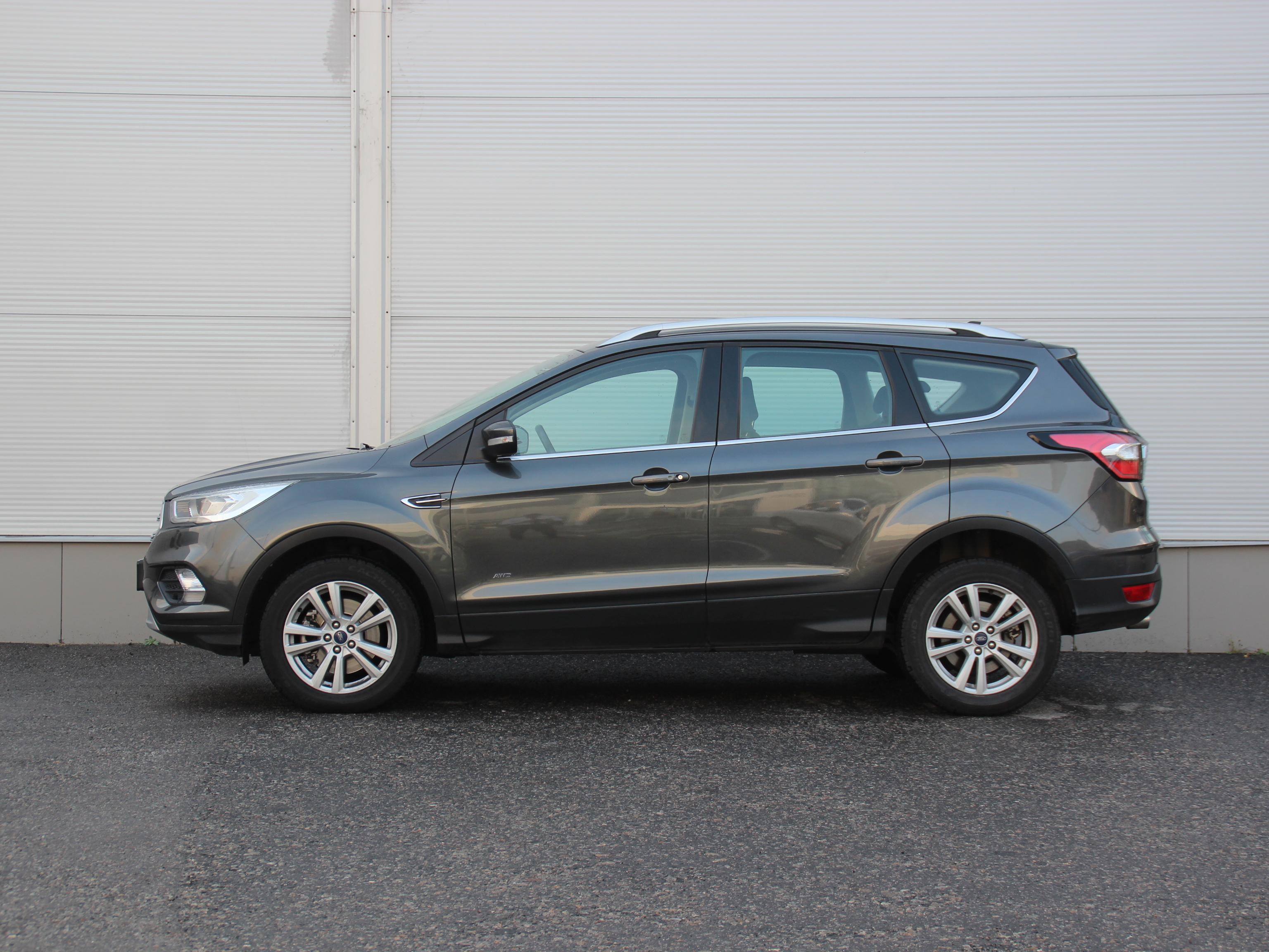 Ford Kuga Внедорожник (2018г.)