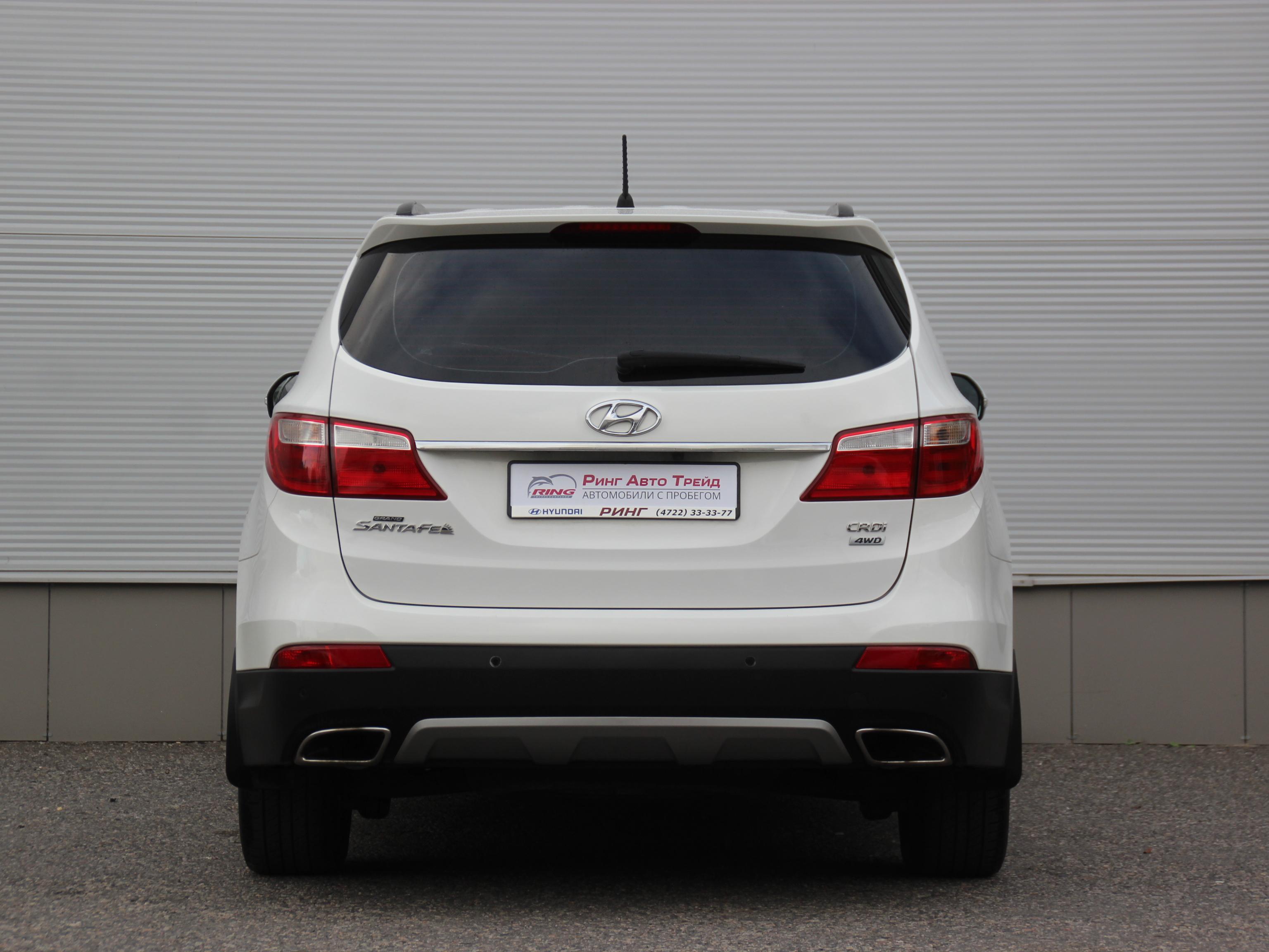Hyundai Grand Santa Fe Внедорожник (2015г.)