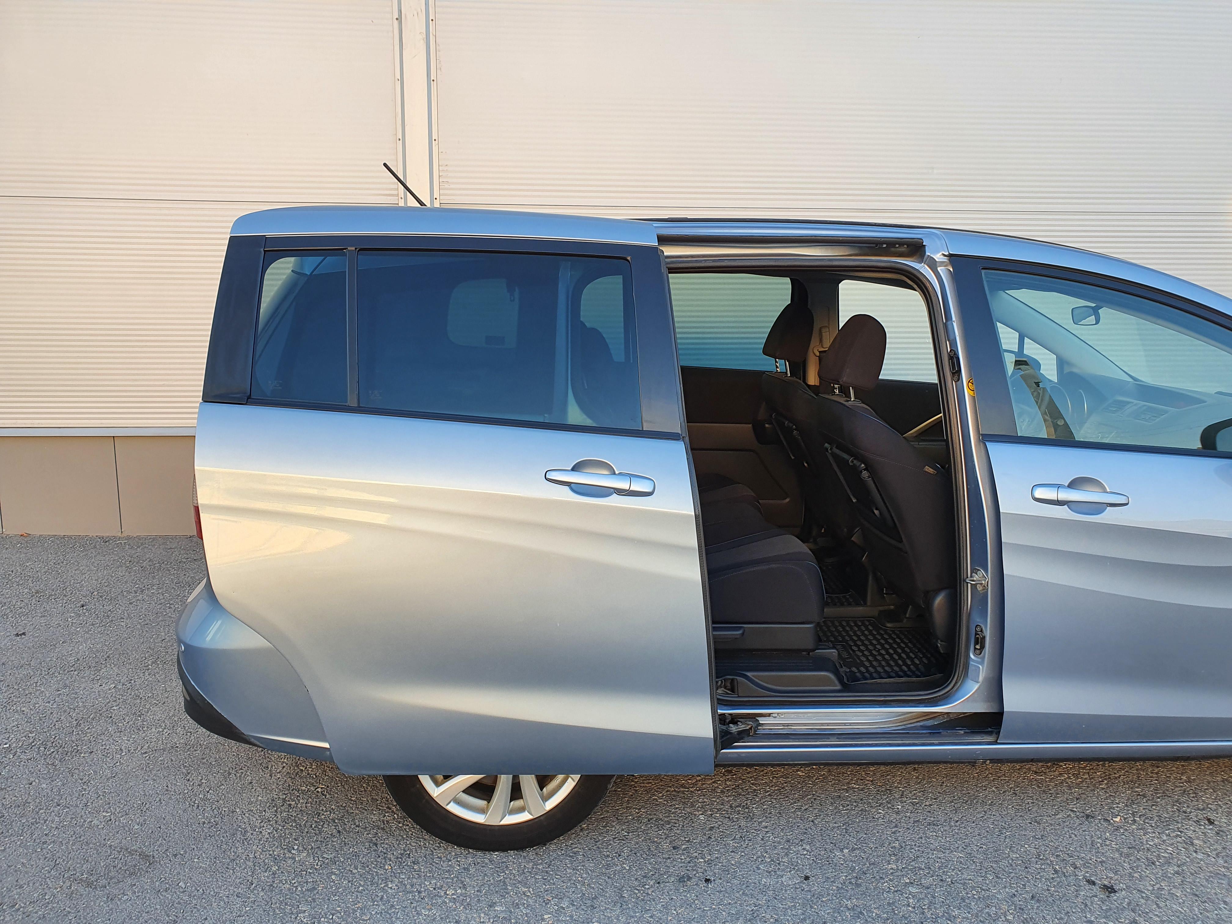 Mazda 5 Минивэн (2012г.)