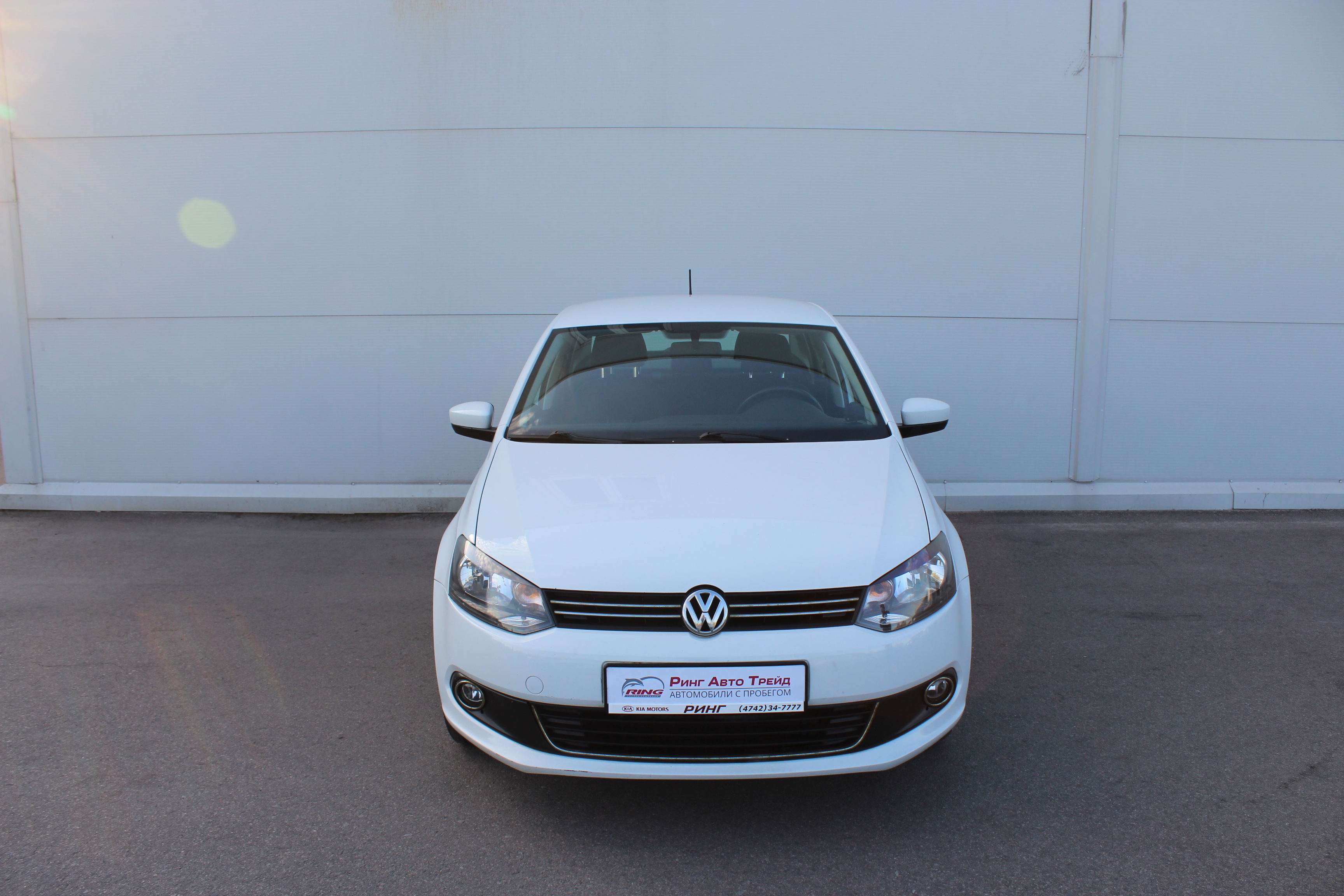 Volkswagen Polo Седан (2015г.)