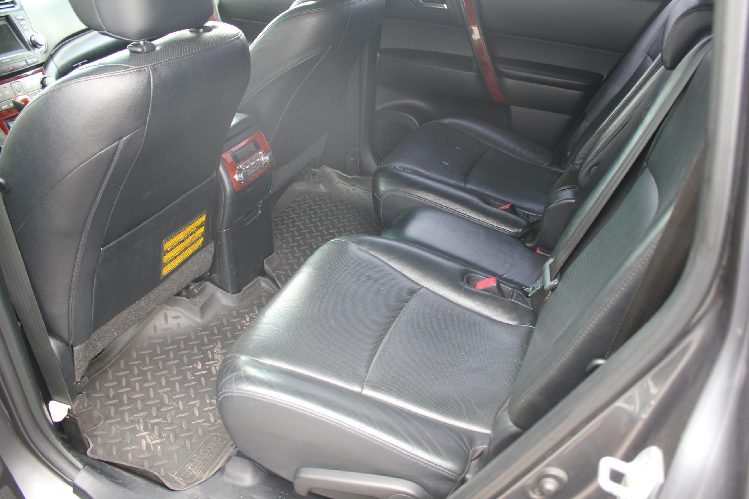 Toyota Highlander Внедорожник (2013г.)