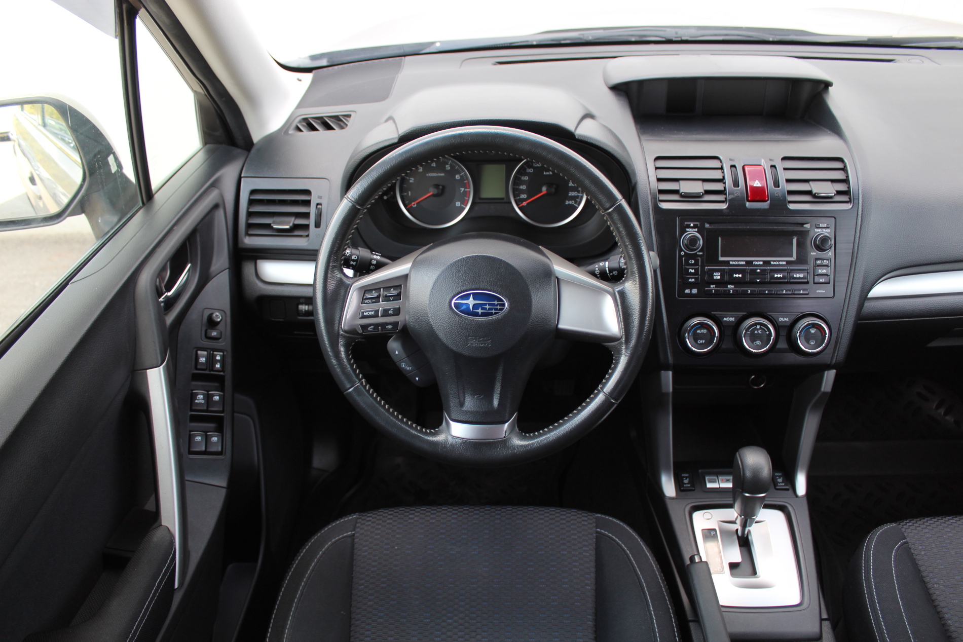Subaru Forester Внедорожник (2014г.)