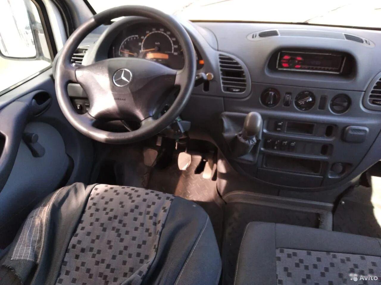 Mercedes-Benz   4007,
